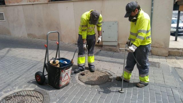 Comienza la campaña para el tratamiento de choque anual de desinsectación y desratización en el sistema de saneamiento y alcantarillado