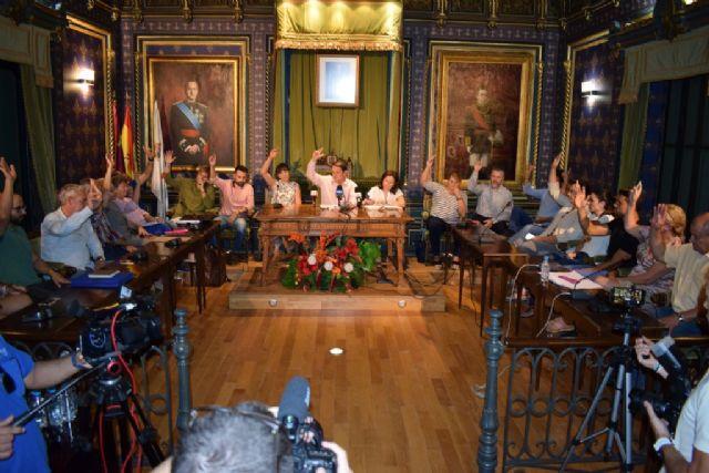 El Pleno aprueba apoyar la declaracion de zona catastrófica para la Región de Murcia por unanimidad.