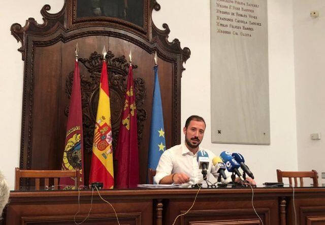 Limusa refuerza los efectivos de limpieza durante la Feria y Fiestas de Lorca e incrementa en un 15 por ciento el número de contenedores respecto al año anterior