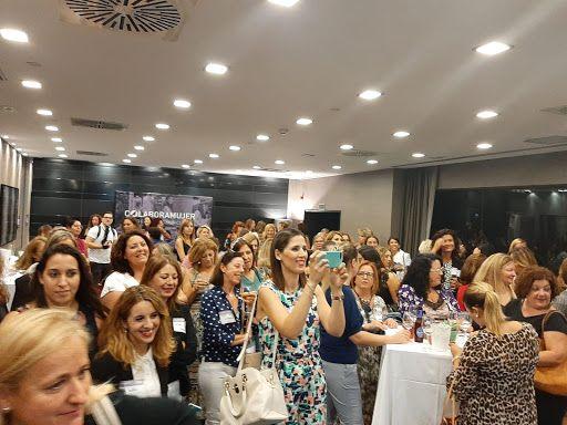 """Más de 150 mujeres asistieron anoche a la presentación de la asociación """"Colabora Mujer Región de Murcia"""""""