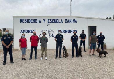 Lorca acoge estos días un seminario en el que participan distintas unidades caninas policiales de la Región de Murcia y de otras comunidades